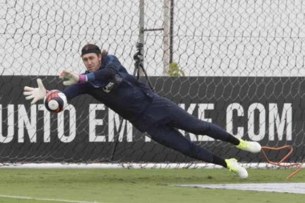 Cássio quer o Corinthians forte no clássico contra o São Paulo