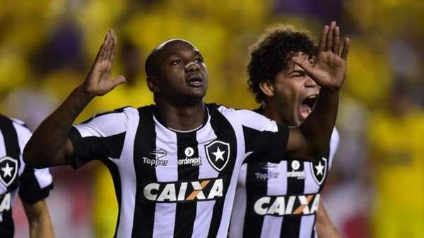 Confira a seguir a galeria especial do LANCE! com imagens do empate entre Botafogo e Barcelona, do Equador, nesta quinta-feira