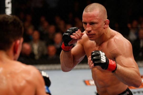 Saint-Pierre é ex-campeão dos meio-médios do UFC