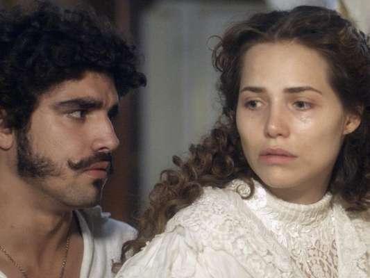 Leopoldina (Letícia Colin) Dom Pedro (Caio Castro), na novela 'Novo Mundo'