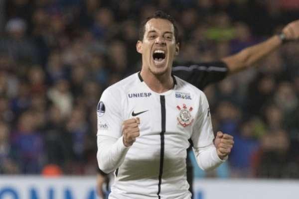 Rodriguinho marcou oito gols neste ano
