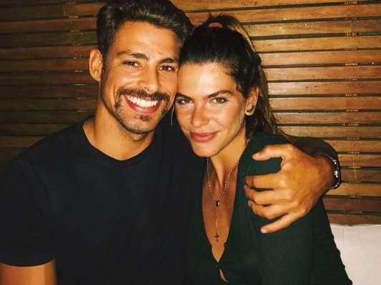 Mariana Goldfarb quer casamento íntimo com o namorado, Cauã Reymond
