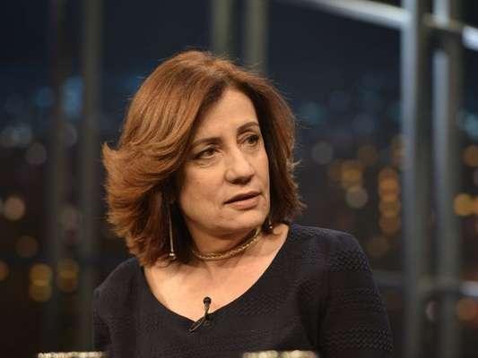 Miriam Leitão sofreu ataque verbal durante voo, no último dia 3 de junho de 2017: 'Duas horas de xingamentos'