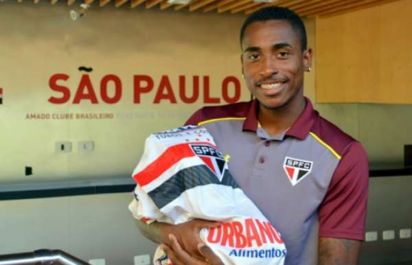 Denilson assinou com o São Paulo até o fim do ano