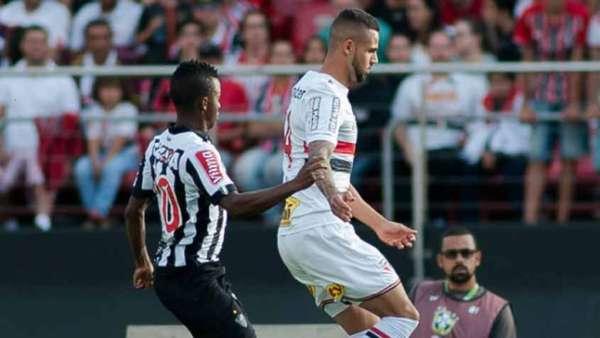 Veja as imagens de São Paulo 1 x 2 Atlético-MG