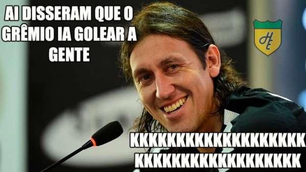 Os melhores memes da vitória do Corinthians diante do Grêmio