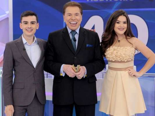 Reencontro de Maisa e Dudu Camargo não será exibido por decisão de Silvio Santos, diz colunista Flavio Ricco nesta quinta-feira, dia 29 de junho de 2017