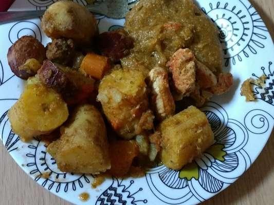 Cozido de frango com pirão