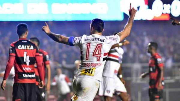 São Paulo 2 x 2 Atlético-GO