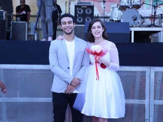 Sophia Abrahão e Sergio Malheiros protagonizam casamento em arraial solidário de shopping no Rio de Janeiro, em 15 de julho de 2017