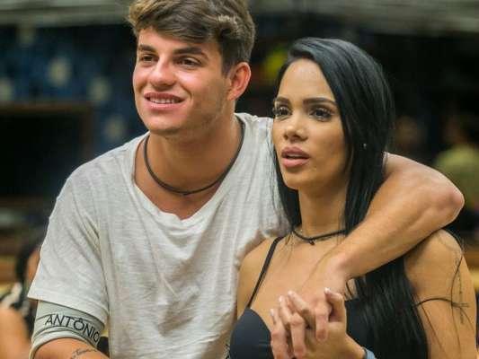 Ex-BBBs Antonio Rafaski e Mayara Motti ficaram após festa de aniversário de Luiz Felipe