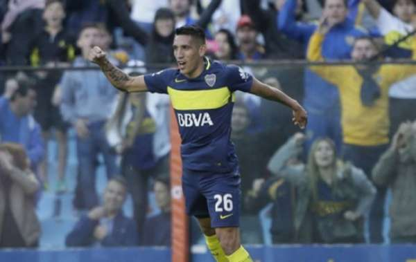 Centurión comemora gol pelo Boca Juniors