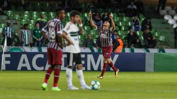 Coritiba 1 x 2 Fluminense: as imagens no Couto Pereira