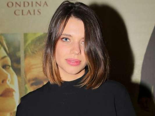 Bruna Linzmeyer ignora críticas por namorar mulher: 'Não leio porque não me interesso por esse ódio'