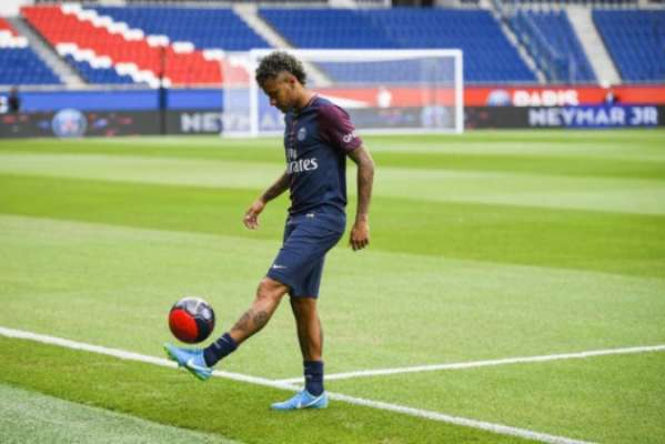 Sindicato de jogadores pede investigação sobre contratação de Neymar