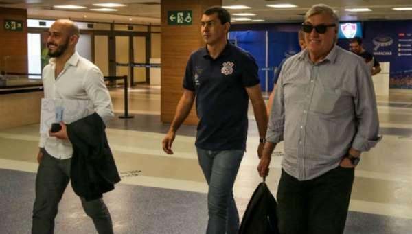 Alessandro Nunes, Fábio Carille e Flávio Adauto, os homens fortes da busca por reforços do Corinthians nesta temporada