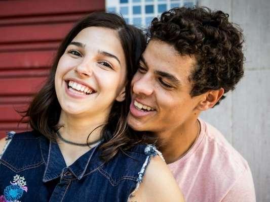 Na novela 'Malhação', Tato (Matheus Abreu) não resiste e tenta retomar o contato com Keyla (Gabriela Medvedoviski)