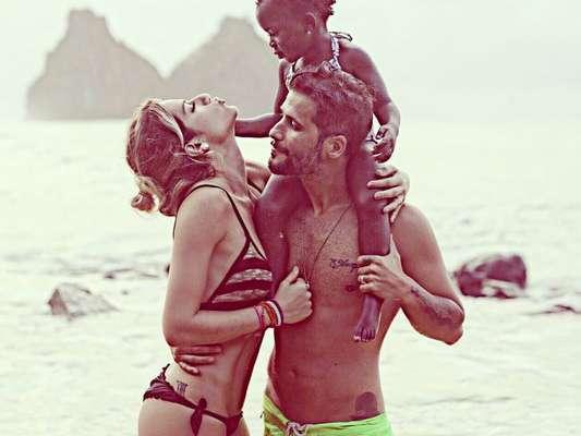 Pai de Títi, Bruno Gagliasso revelou que planeja ter mais filhos com Giovanna Ewbank
