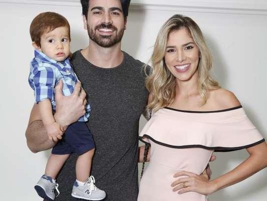 A ex-BBB Adriana Sant'Anna anunciou a gravidez do segundo filho, em seu Instagram, nesta sexta-feira, 11 de agosto de 2017