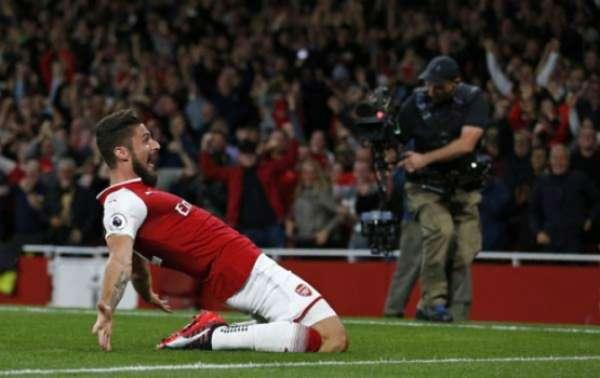 Giroud - Arsenal x Leicester