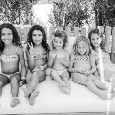 Ronaldo posto foto das filhas em Ibiza e semelhança impressiona seguidores