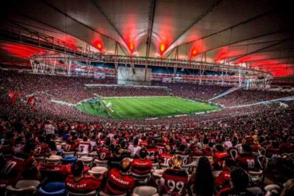 torcida do Flamengo no Maracanã