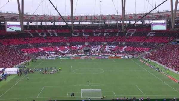 Torcida do Flamengo já fez diversos mosaicos no Maracanã