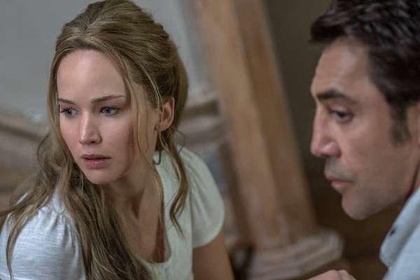 """""""Mãe!"""", com Jennifer Lawrence e Javier Bardem, terá pré-estreia nesta sexta-feira"""
