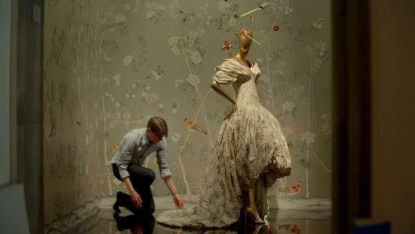 "Longa de abertura é o documentário ""The First Monday in May"", sobre o baile de gala do MET de 2015"