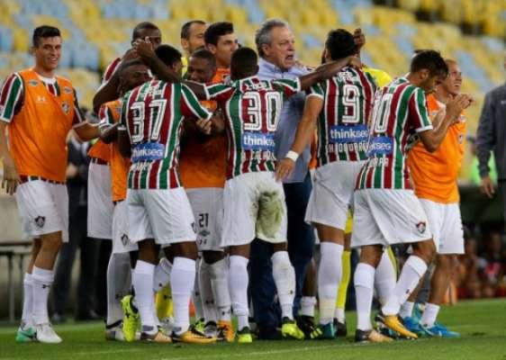 União entre Abel Braga e elenco é um dos pontos fortes do Fluminense