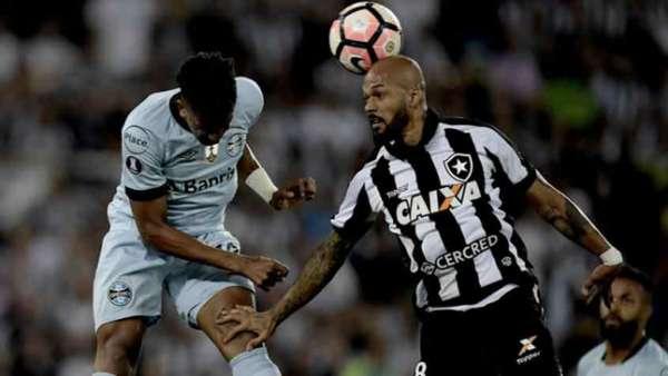 Botafogo e Grêmio ficaram no empate sem gols no Nilton Santos