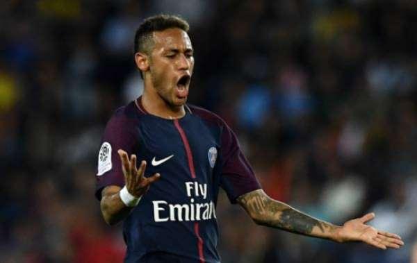 Neymar pode não jogar contra o Montpellier, segundo jornal