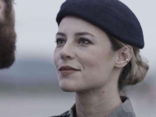 Rubinho (Emílio Dantas) será preso na porta de casa na novela 'A Força do Querer'