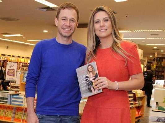 Daiana Garbin esclarece que seu transtorno alimentar não é dismorfia corporal ao lançar livro no Rio de Janeiro nesta sexta-feira, dia 27 de outubro de 2017