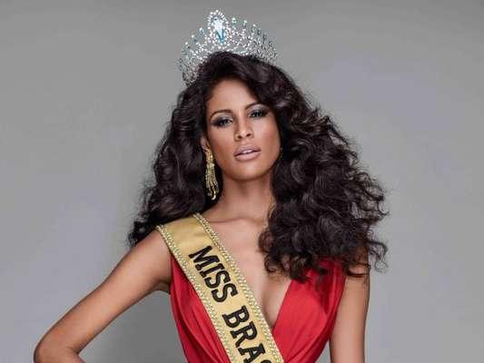 Miss Brasil Monalysa Alcântara viaja para o Miss Universo neste domingo, dia 12 de novembro de 2017
