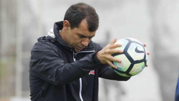 Técnico Fábio Carille está perto de conquistar seu segundo título na temporada