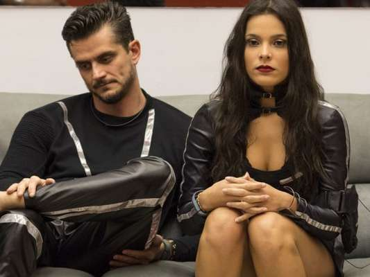 Em 'A Fazenda - Nova Chance', Marcos Härter acusou a Globo de dar prêmio para Emilly Araújo tirá-lo do 'BBB17'