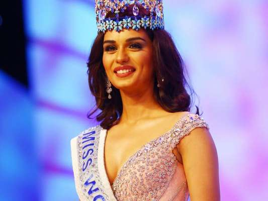 A indiana Manushi Chhilar foi eleita a Miss Mundo 2017 neste sábado, 18 de novembro