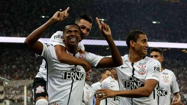 Campeão brasileiro, o Corinthians receberá a premiação de R$ 18.069.300,00.