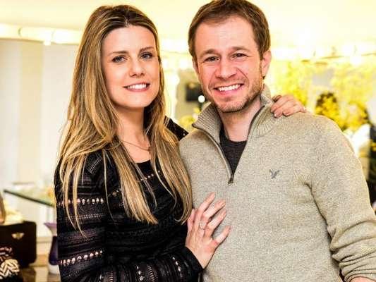 Daiana Garbin, com transtorno alimentar, não vê as fotos de casamento com Tiago Leifert