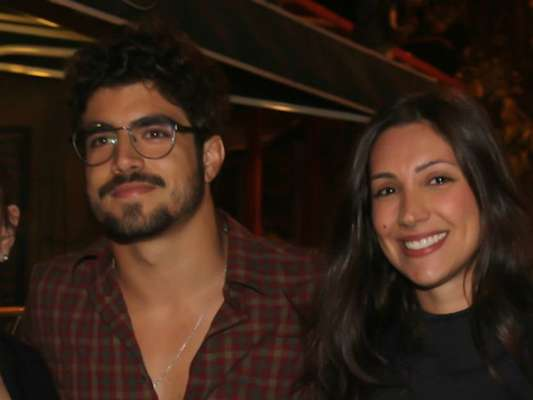 Caio Castro está namorando com a modelo catarinense Mariana d'Ávila