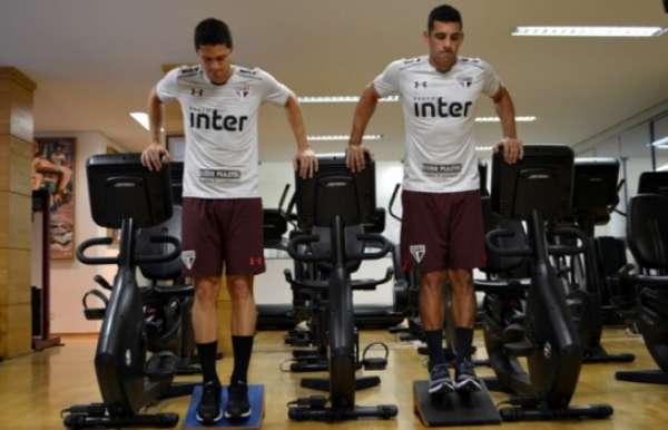 Anderson Martins e Diego Souza treinam no São Paulo