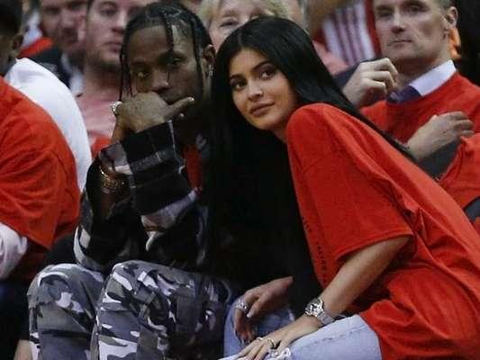O rapper Travis Scott terminou o namoro com Kylie Jenner ao descobrir a gravidez da socialite