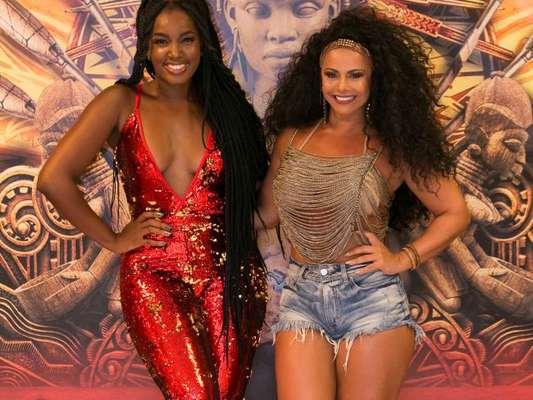 Viviane Araújo e Iza brilharam no ensaio do Salgueiro, zona oeste do Rio, na quinta-feira, 11 de janeiro de 2018