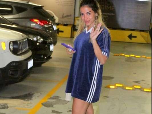 Marido de Anitta, Thiago Magalhães aprova look usado para passeio em shopping