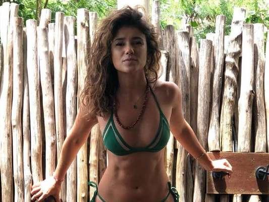 De biquíni, Paula Fernandes curte férias pela Tailândia e ganhou elogio dos fãs: 'Maravilhosa'