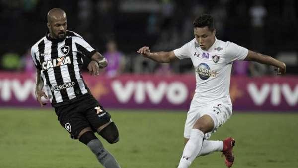 4/11/2017: Botafogo 1x2 Fluminense, no Estádio Nilton Santos - Tricolor venceu o último Clássico Vovô pelo Brasileirão