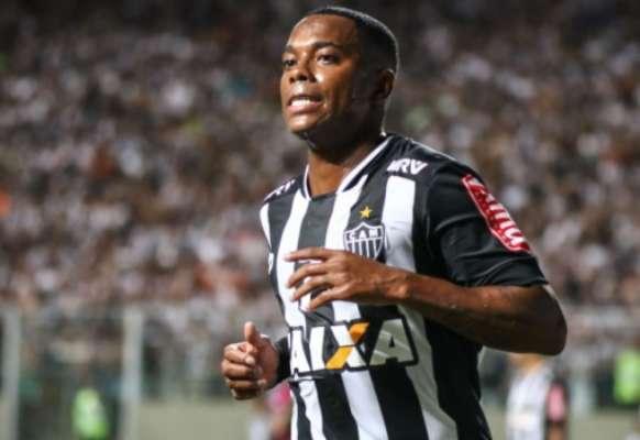 Imagens de Robinho pelo Atlético-MG
