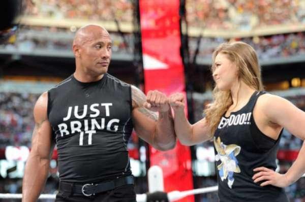 Ronda Rousey participou do WWE em 2015, ao lado de Dwayne Johnson, e deve repetir a dupla em 2018