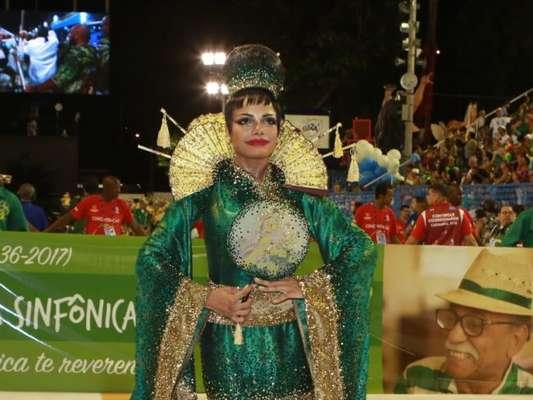 Quitéria Chagas representou uma chinesa no enredo da Império Serrano, no desfile deste ano, na noite deste domingo, 11 de fevereiro de 2018